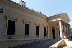 dvorac-i-park-dunderski-celarevo-1-1094x547
